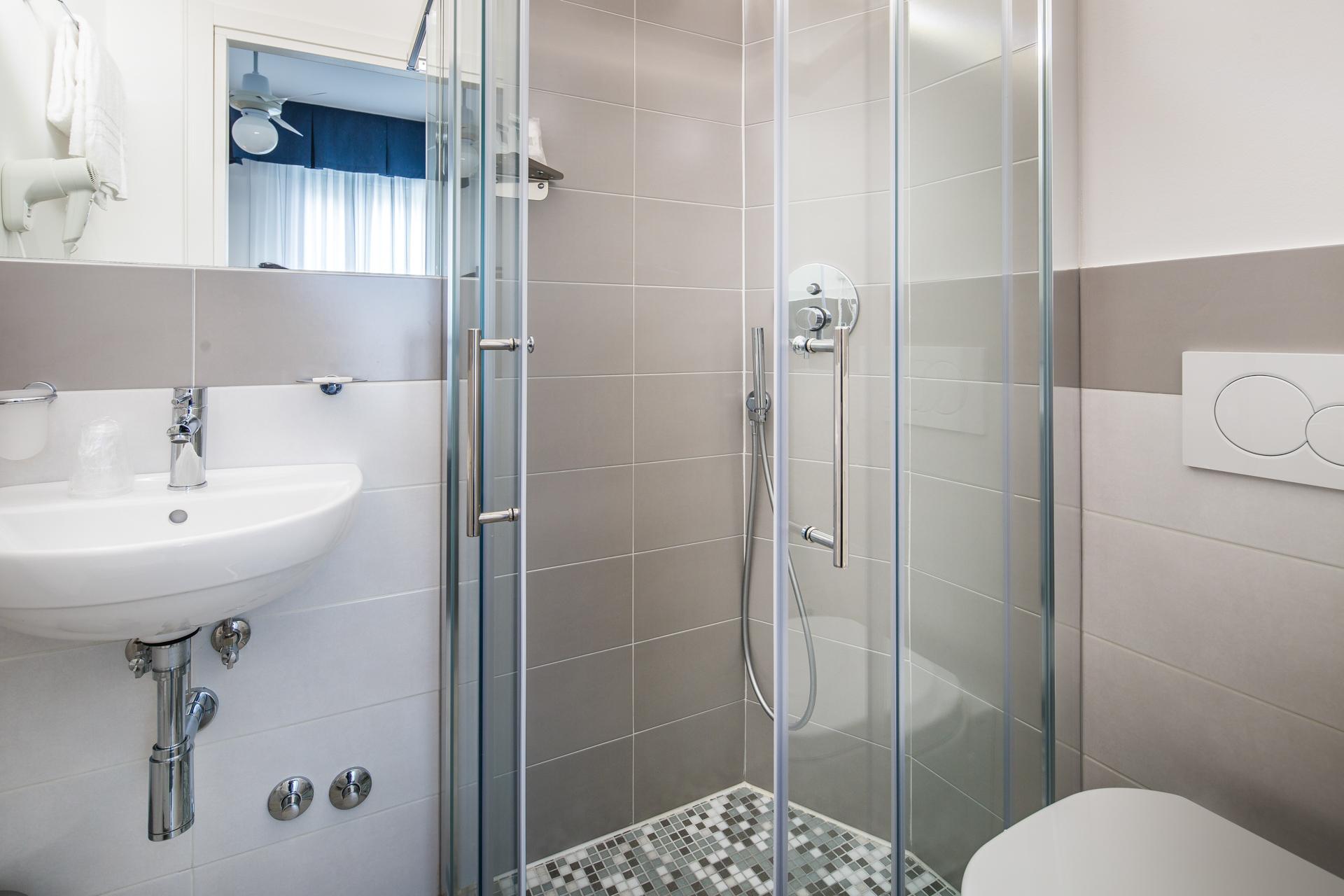 seaview rooms - lignano hotel luna